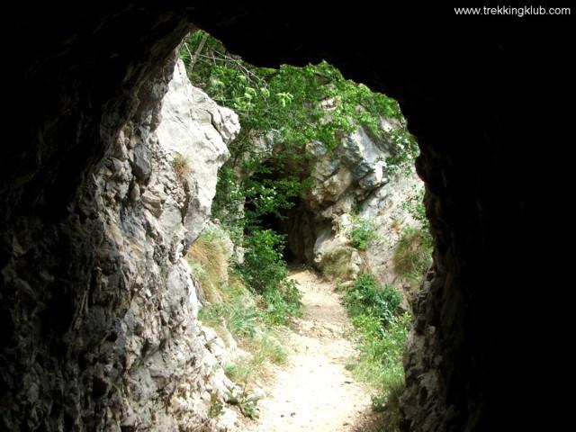 2191 - Nera tunnels