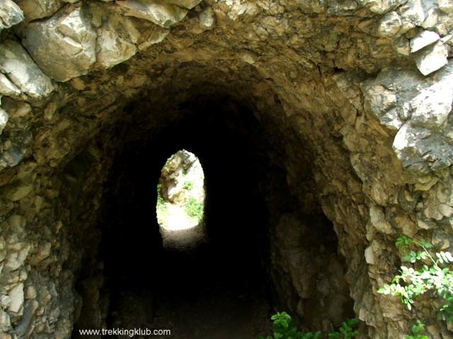 2193 - Nera tunnels