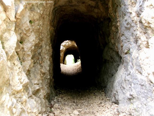 Nera tunnels - Nera tunnels