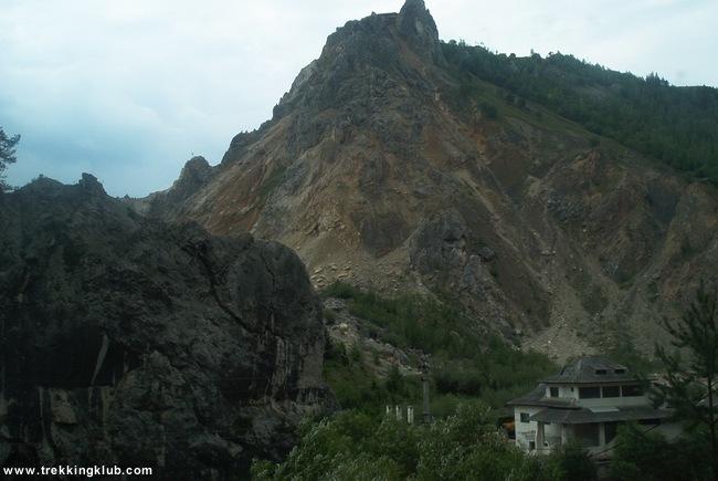 Cariera de calcar Surduc - Sugaului Gorges