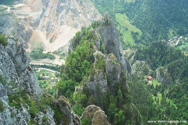 Glod Stone - Sugaului Gorges