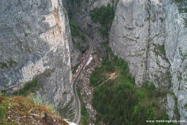 Hells Throat - Bicajel Gorges