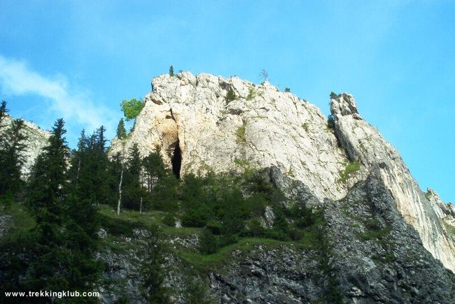 Sura Glodului Cave - Bicaz Gorges