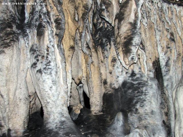 2382 - Munticelu Cave