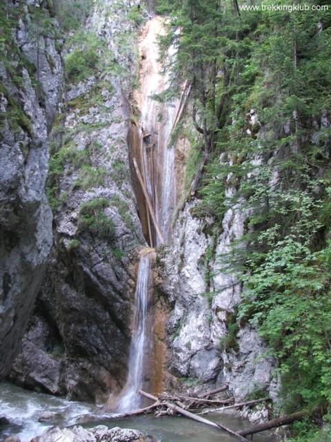 A Kis-Békás vízesése - Szurdok-kő