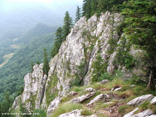 Piatra Galbenei, 1234 m - Cave of the Living Fire