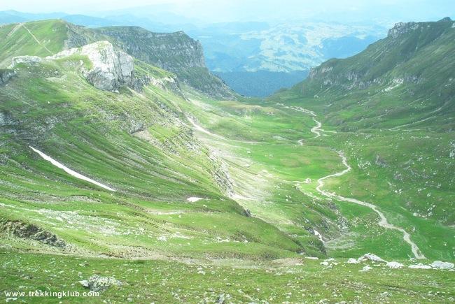 Bucsecs - Szarvas völgye