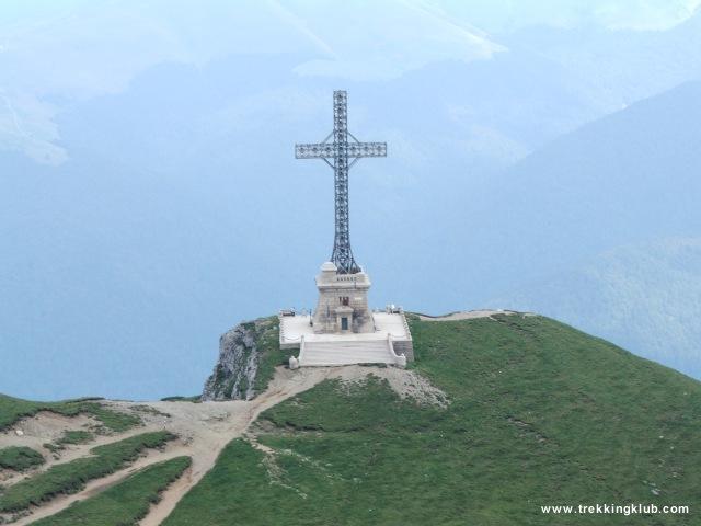 Caraiman kereszt (2284 m) - Jepilor völgy
