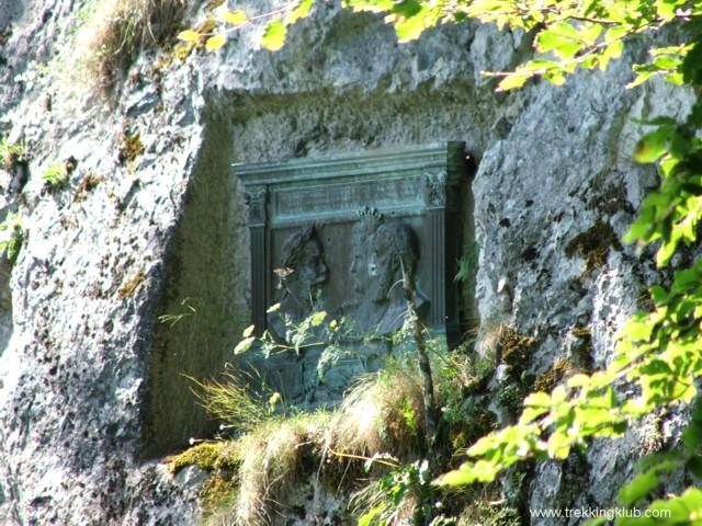 8065 - Szent Anna-szikla