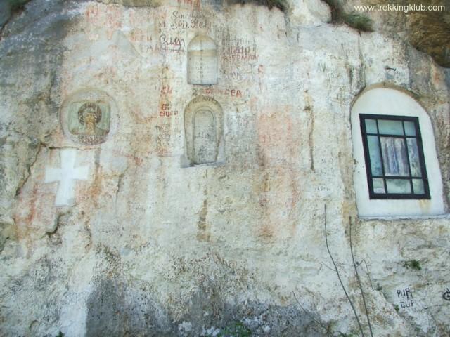 Festett fal - Szent Anna-szikla