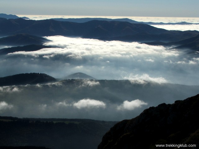 Above the clouds 1 - Goats Trail