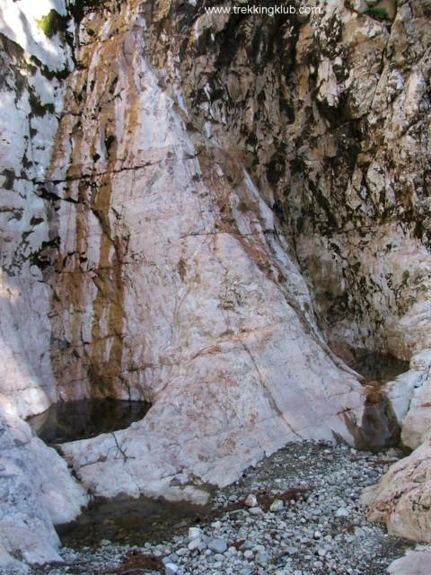 9764 - Devils Mill waterfall