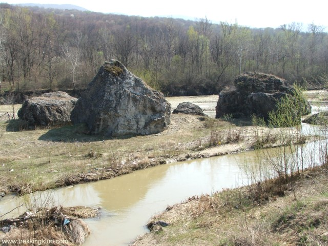 6489 - Badila mészkövei