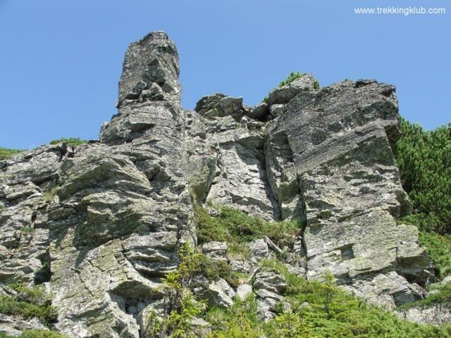 Tamó-tető sziklaoldala - Tamó sziklavára
