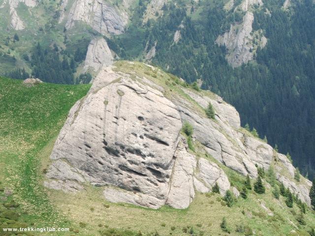 Sasok sziklája - Gropsoarele-Zaganu