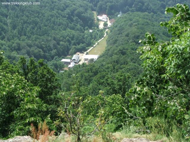 Toward the Turnu monastery - Cozia peak