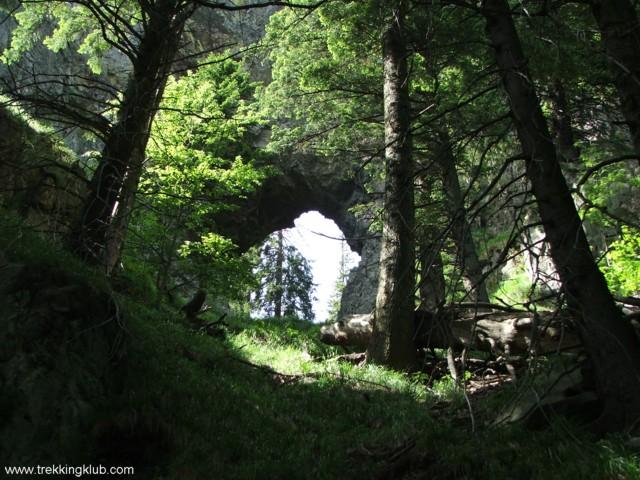 Stone portal - Cozia peak