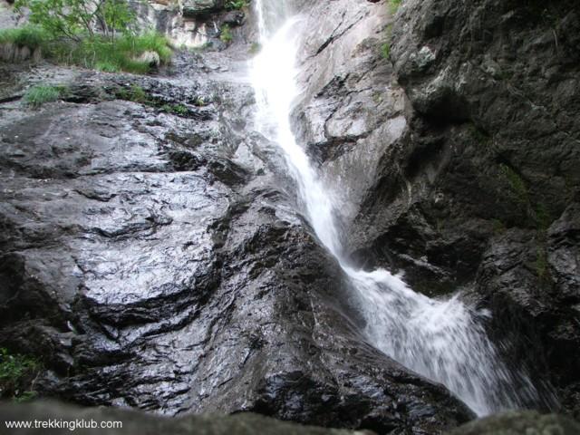 Gardului Waterfall - Cozia peak