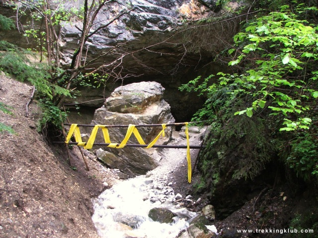 Sugó-barlang, Vizesszáj - Súgó-barlang