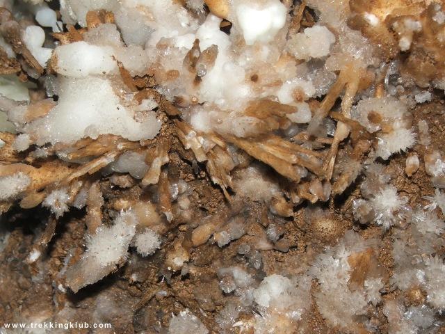 Sugó-barlang, Kristály-folyosó - Súgó-barlang