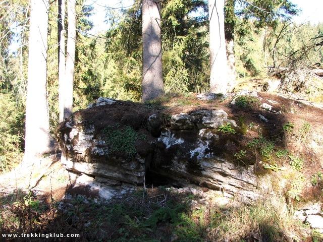 Stanca care ascunde buncarul - Cetatea Bufnitei