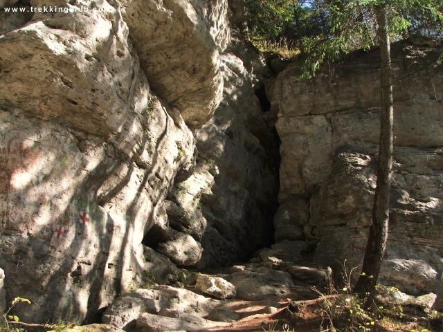 A Jeges-barlang bejárata - Borszék