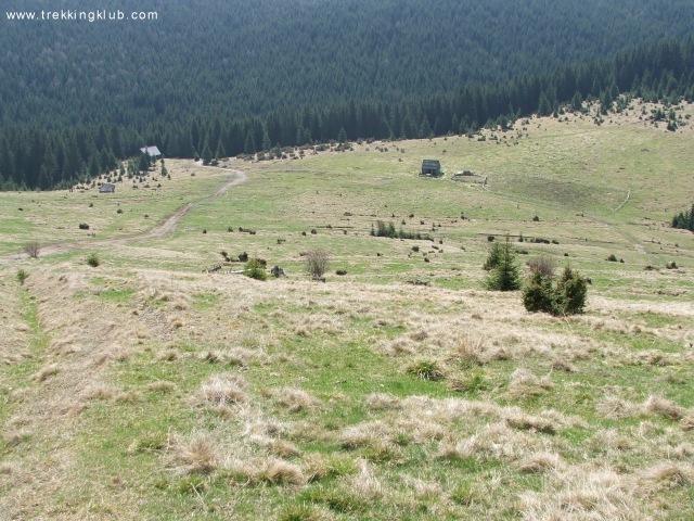 Visszatekintés a Lok feje terjedelmes legelőjére - Fekete-rez