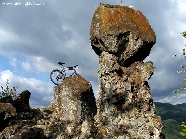 Gombamászó kerékpár - Kisfenyős-kő