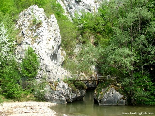 A szoros bejárata - Corcoaia-szoros