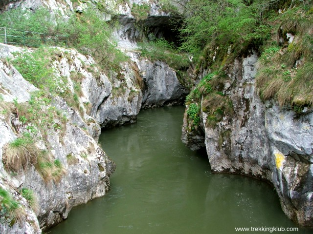 Cserna - Corcoaia-szoros