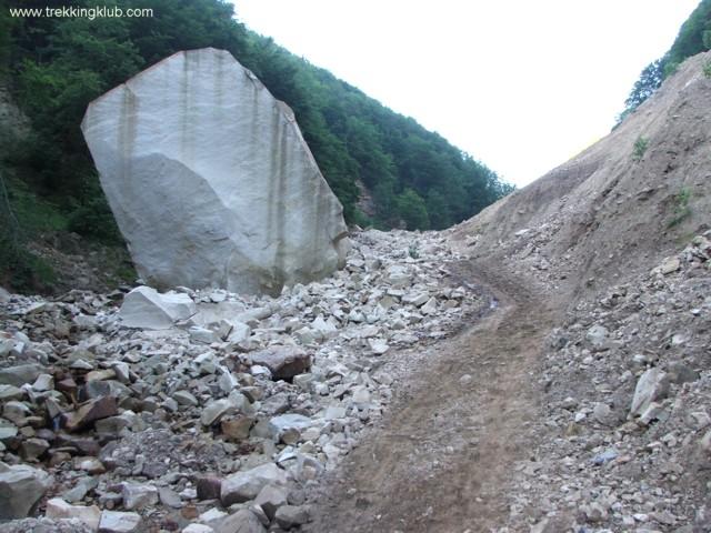 Cariera Velnita - Cascadele de la Cariera