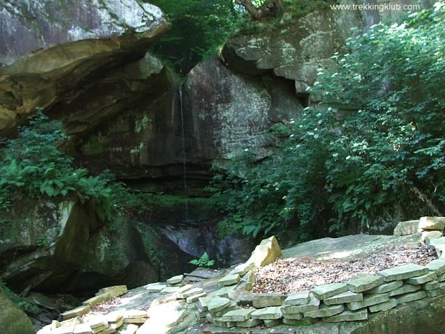Cascada verde - Cascadele de la Cariera