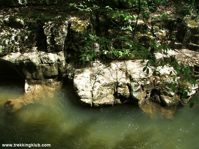 2035 - Bigar waterfall